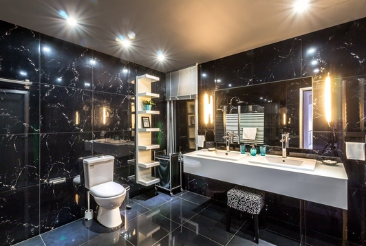 How much do you love this bathroom renovation we just completed in Echuca with marble tiles? We completed the job just before Christmas last year. See www.Echucatiling.com.au for more of our pictures.